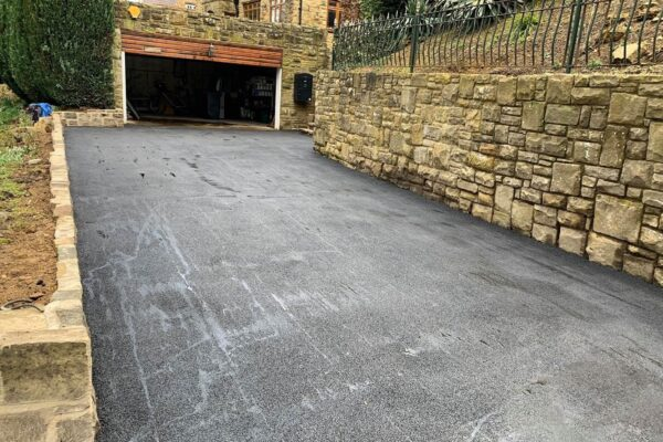 Modern Resin Bounded Driveways